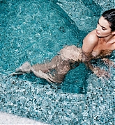 Kendall_Jenner_-_Angels_by_Russell_James_2018_Nsfw-127.jpg