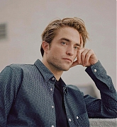 Robert_Pattinson_-_New_York_Times_Photoshoot_28October_201929-08.jpg