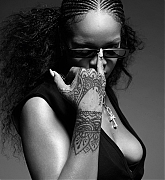 Rihanna_-_iD_Magazine_by_Mario_Sorrenti_January_2020-14.jpg