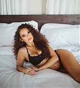 Madison_Pettis_-_Savage_x_Fenty_photoshoot_by_Nesrin_Danan_Fall_2020-17.jpg