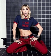 Miley_Cyrus_-_Unknown_Photoshoot_2020_62.jpg