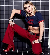 Miley_Cyrus_-_Unknown_Photoshoot_2020_64.jpg