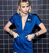 Miley_Cyrus_-_Unknown_Photoshoot_2020_83.jpg