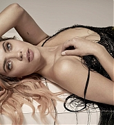 Ashley_Benson_Vanity_Fair_Italia_by_Randall_Slavin_2020-03.jpg