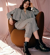 Daisy_Ridley_-_Vicki_King_Photoshoot_for_The_Zoe_Report_28202129_09.jpg