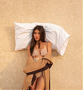 Madison_Beer_-_V_Magazine_by_Walker_Bunting_October_2020-04.jpg
