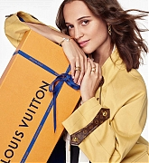 Alicia_Vikander_-_Louis_Vuitton__Journey_Home_for_the_Holidays__2020-02.jpg