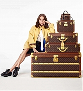 Alicia_Vikander_-_Louis_Vuitton__Journey_Home_for_the_Holidays__2020-03.jpg