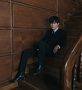 BTS_-_Photographed_by_Hong_Jang_Hyun_for_WallStreet_Journal_Magazine_28November2C_202029-04.jpg