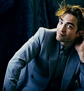 Robert_Pattinson_-_Backstage_Magazine_Photoshoot_28December_201929-01.jpg